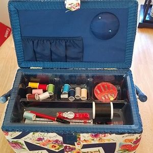 NWOT SEWING BASKET